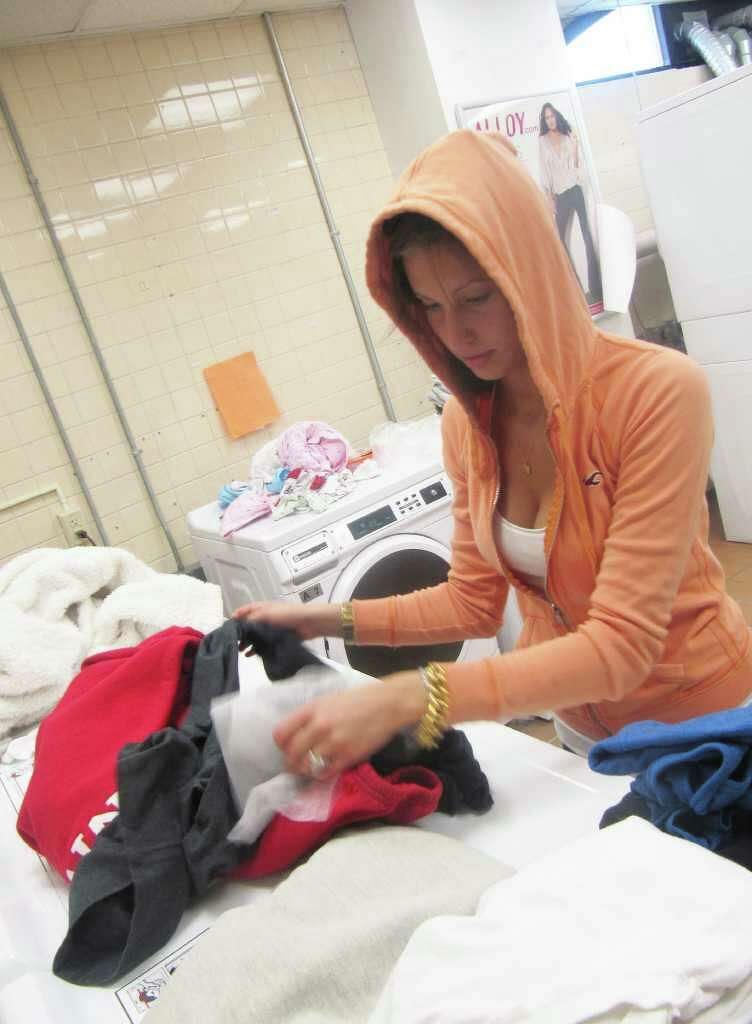 Fairfield University Freshman Jessi Venables Is Seen On April 19 Sorting  Laundry In Regis Hallu0027s Laundry Part 75