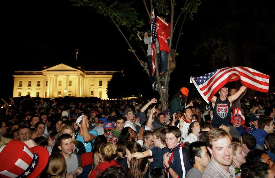 Crowds gathers outside the White House in Washington early Monday, May 2, 2011, to celebrate after P