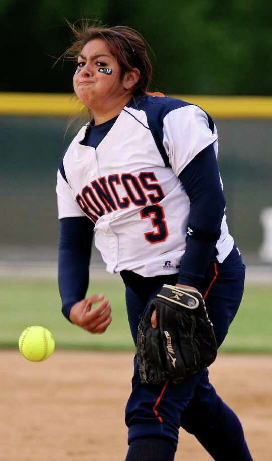 Brandeis' Victoria Silva pitches against Southwest on Monday, May 2, 2011, at Southwest High School. Southwest won 8-4. Photo: EDWARD A. ORNELAS, Edward A. Ornelas/Express-News / SAN ANTONIO EXPRESS-NEWS (NFS)
