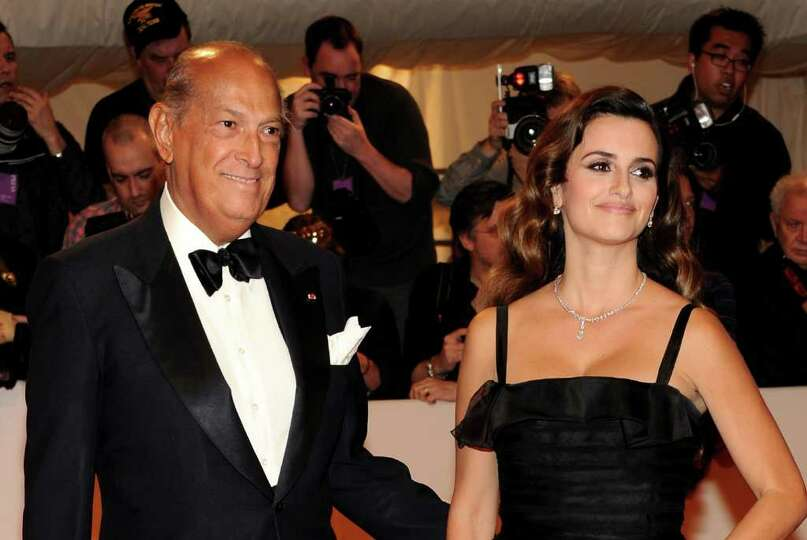 NEW YORK, NY - MAY 02:  Designer Giorgio Armani and actress Penelope Cruz attend the