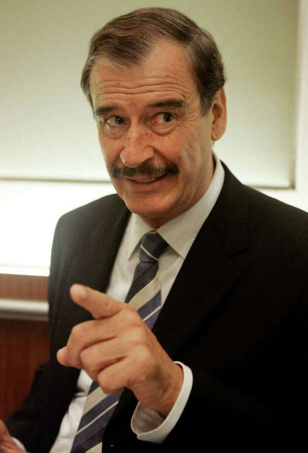Vincente Fox, the former President of Mexico, is interviewed in New York, Oct. 8, 2007. Photo: RICHARD DREW, AP / AP
