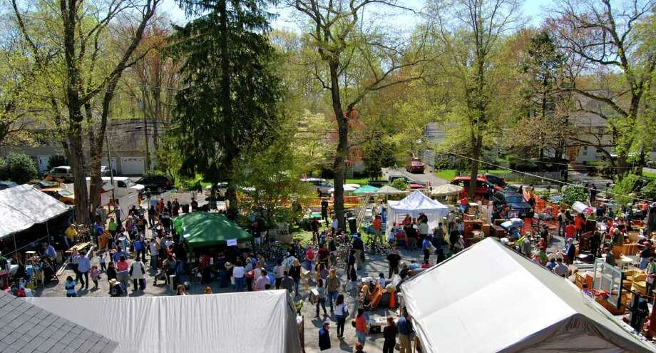 The Darien Boy Scouts hosted their annual tag sale on Sunday May 1st which drew a crowd of over 2,000 people from the area. Photo: Jeanna Petersen Shepard / Darien News
