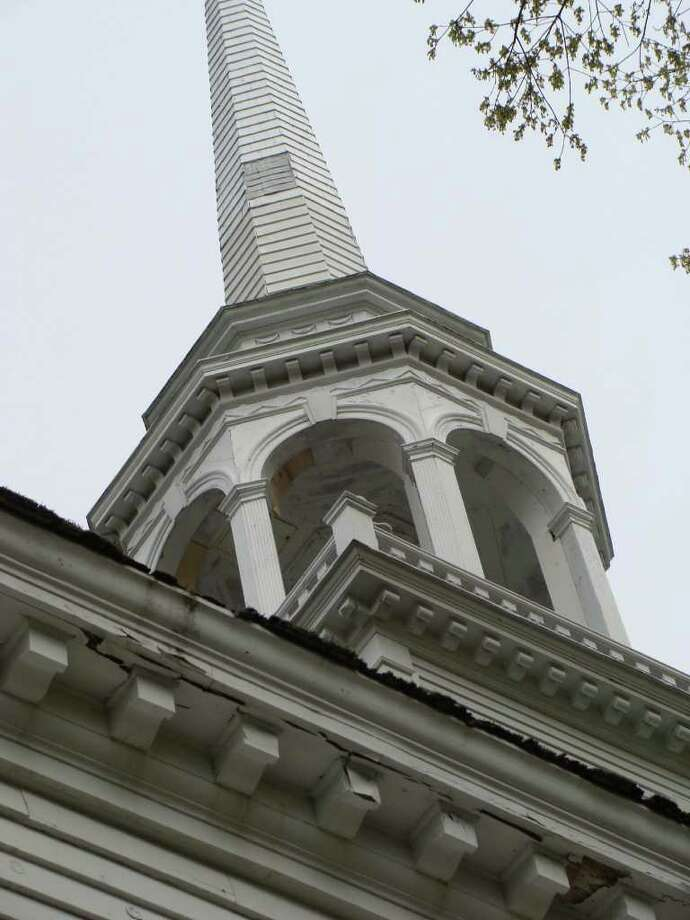 "The roof of the historic Greenfield Hill Congregational Church, which is in need of extensive repairs, will benefit from the ""Raise the Roof"" dinner Saturday, part of the 76th annual Dog wood Festival this weekend. Photo: Meg Barone / Fairfield Citizen freelance"