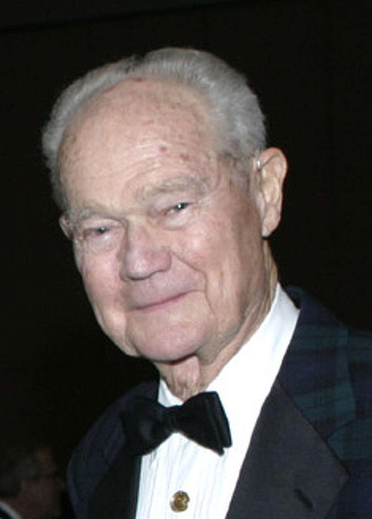 Louis Herbert Stumberg also had been mayor of Terrell Hills.