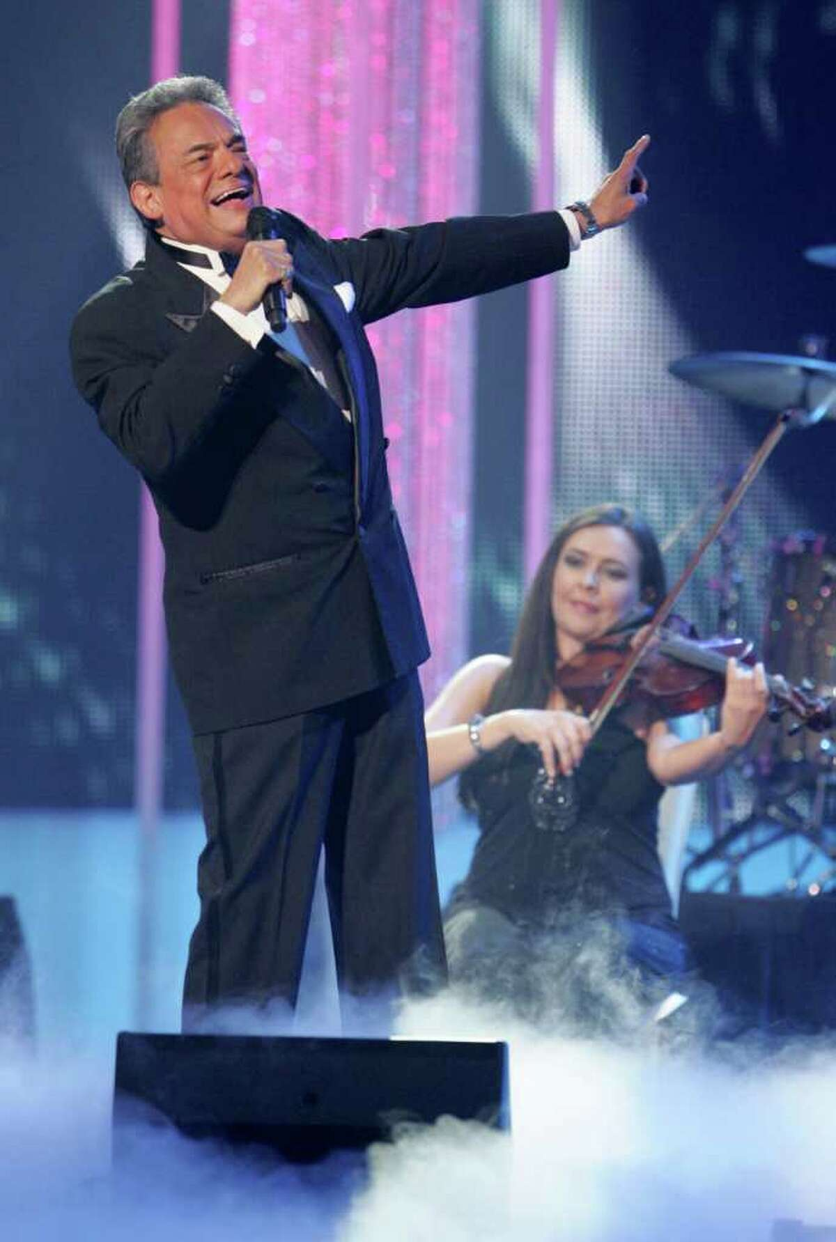 Singer Jose Jose performs during the Latin Billboard Awards, Thursday, April 28, 2011 in Coral Gables, Fla.