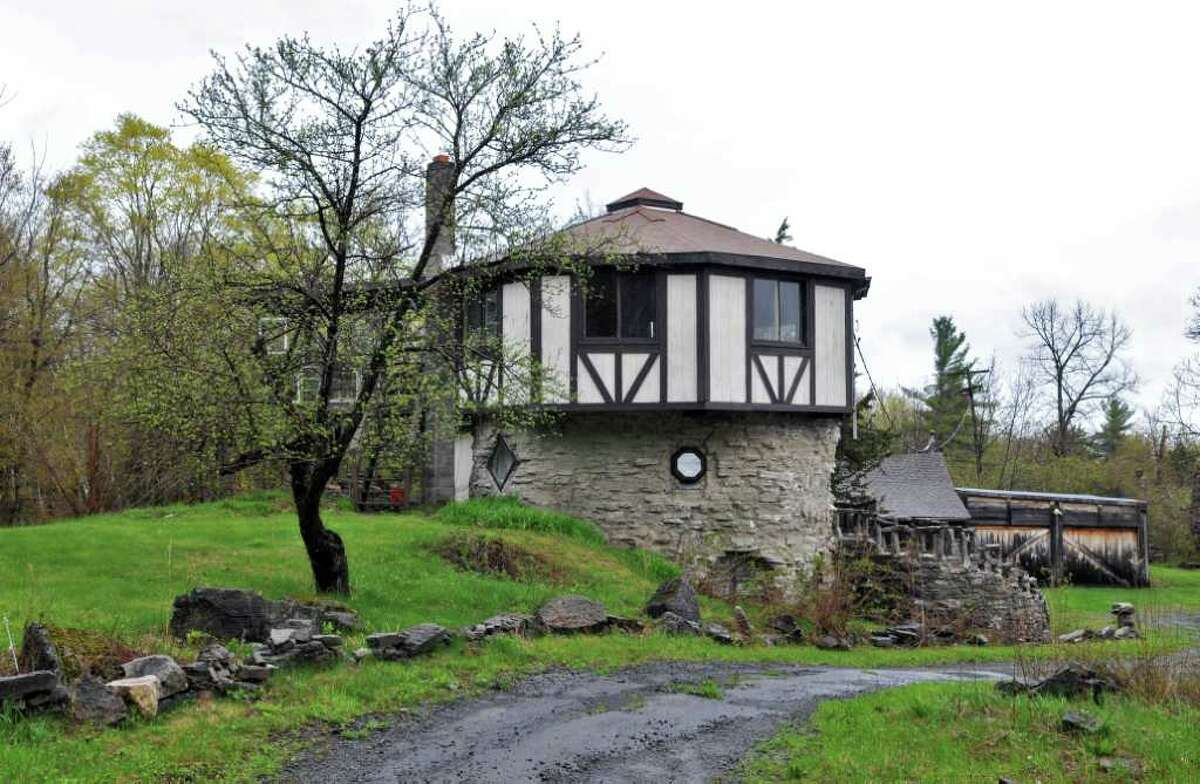 House of the Week: Helderberg Castle Rd., New Scotland   Realtor: Deborah Parker, Century 21 New West Properties   Discussion: Talk about this house in Places and Spaces