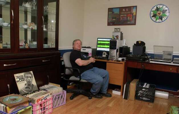 Joseph Pandolfi operates an Internet radio station called The Oldies Connection, out of the dining room at his condo in Milford, Conn. on Thursday May 5, 2011. He programs it to run 24/7 with an eclectic mix of oldies that range from the 1950's up to 1989. Photo: Christian Abraham / Connecticut Post