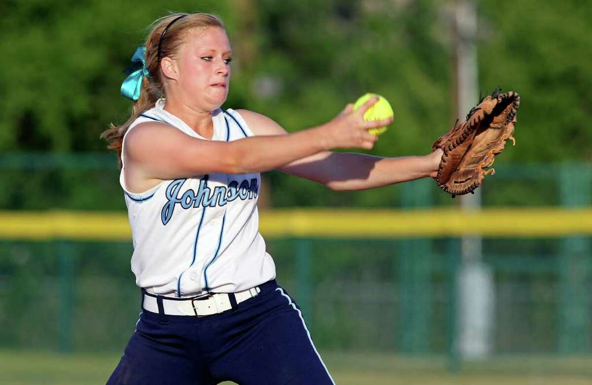 SPORTS Melanie Roe gets the start for Johnson as Taft plays Johnson in softball round 2 at Northside Field #2 on May 5, 2011. Tom Reel/Staff