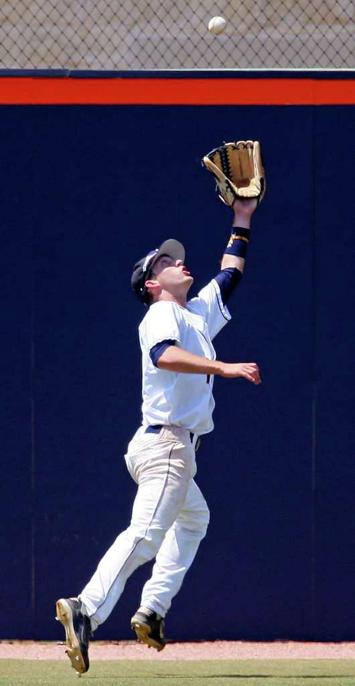 FOR SPORTS - UTSA's Riley Good chases down a fly ball hit by Texas State's Cody Gambill during the third inning Saturday May 7, 2011 at Roadrunner Field. Texas State won 9-7. (PHOTO BY EDWARD A. ORNELAS/eaornelas@express-news.net)