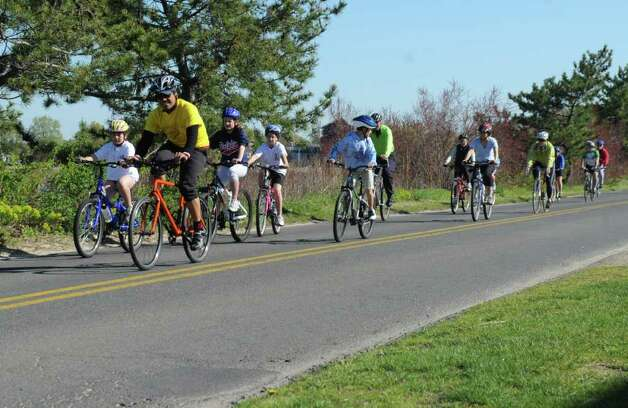 Families enjoy Mother's Day cycling event