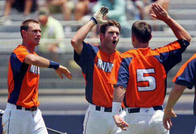 FOR SPORTS - UTSA's Ryan Hutson (center) celebrates with teammates Casey Selsor (left) and Ryan Dalton (right) after hitting a home run against Texas State during the fourth inning Sunday May 8, 2011 at Roadrunner Field. Texas State won 7-6. (PHOTO BY EDWARD A. ORNELAS/eaornelas@express-news.net) Photo: EDWARD A. ORNELAS, Edward A. Ornelas/Express-News / SAN ANTONIO EXPRESS-NEWS (NFS)