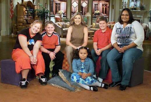 """The View"" moderator Meredith Vieira becomes team leader to five overweight children ranging from eight to sixteen years of age, in her special year-long series, ""Meredith's Club,"" on ABC Daytime's ""The View."" (Sept. 8, 2003 photo)"