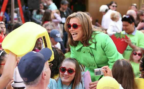 "NEW YORK - JULY 24:  Anchorwoman Meredith Vieira interacts with fans on NBC's ""Today"" before singer Katy Perry's performance at Rockefeller Center on July 24, 2009 in New York City.  (Photo by Michael Loccisano/Getty Images) *** Local Caption *** Meredith Vieira Photo: Michael Loccisano, Getty Images / 2009 Getty Images"