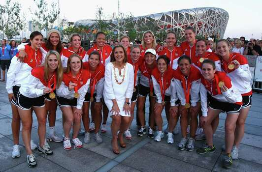 BEIJING - AUGUST 22:  Today Show host Meredith Vieira poses with the USA Women's Football Team at the NBC Today Show Studio at the Beijing 2008 Olympic Games on August 22, 2008 in Beijing, China. Photo: Ryan Pierse, Getty Images / 2008 Getty Images