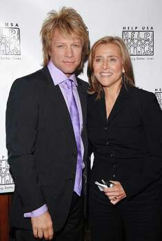 NEW YORK - MAY 4: Singer Jon Bon Jovi and Meredith Vieira attend the HELP USA 20th Anniversary Tribute Dinner on May 4, 2006 in New York City. Photo: Andrew H. Walker, Getty Images / 2006 Getty Images