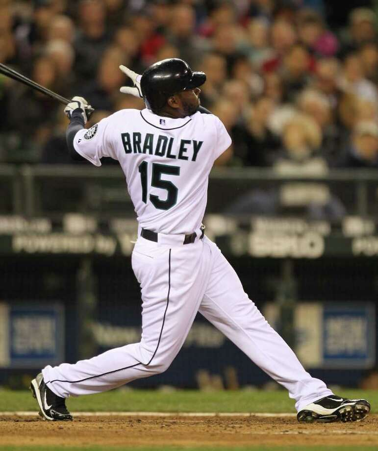 SEATTLE - APRIL 14:  Milton Bradley #15 of the Seattle Mariners bats against the Oakland Athletics at Safeco Field on April 14, 2010 in Seattle, Washington. Photo: Otto Greule Jr, Getty Images / 2010 Getty Images