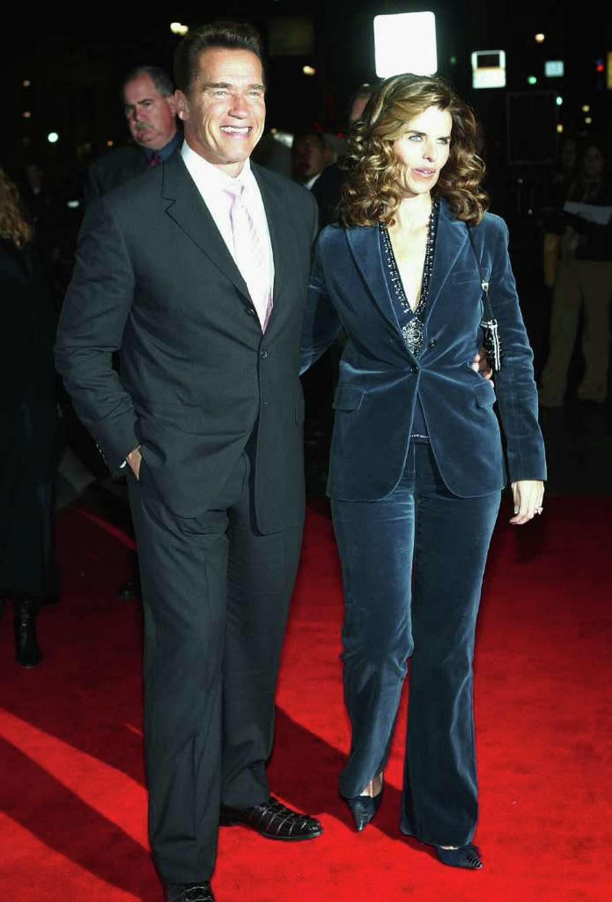 HOLLYWOOD - NOVEMBER 28: (L-R) Governor Arnold Schwarzenegger and Maria Shriver attend the film premiere of