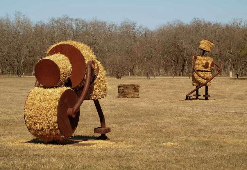 METRO/SA LIFE -- Artist Tom Otterness' installation