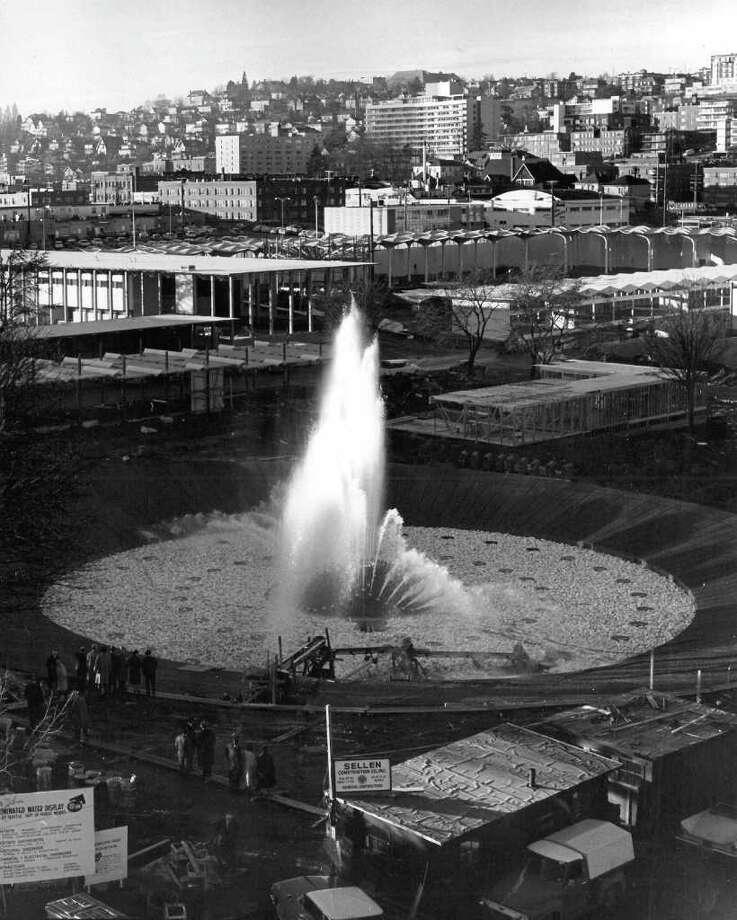 The International Fountain, 1962. (seattlepi.com file photo) Photo: Seattlepi.com File / Seattle Post-Intelligencer