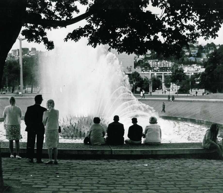 The Seattle Center International Fountain, Aug.