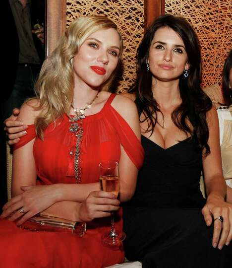 LOS ANGELES, CA - AUGUST 04:  Actors Scarlett Johansson (L) and Penelope Cruz pose at the afterparty
