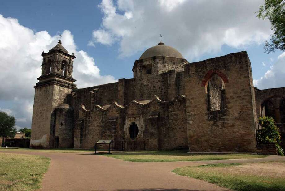"""Mission San José, known as the """"Queen of the Missions"""" because of its scale and beauty, may soon be protected from construction of high-rise buildings, utility towers and other structures that might obstruct views of one of the city's most beloved historic sites. Photo: Helen L. Montoya/Express-News / hmontoya@conexionsa.com"""