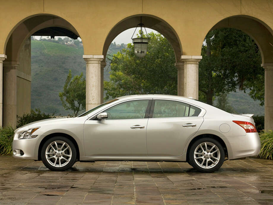 2011 Nissan Maxima 3.5 SV (photo courtesy Nissan) Photo: Mike Ditz Photo 310-994-0307 / 2008 PR Use Only