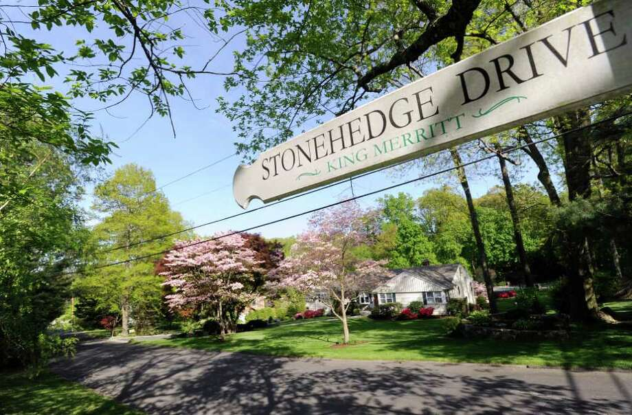 Stonehedge Drive in the Glenville section of Greenwich, Thursday May 12, 2011.  A Greenwich woman was attacked by a Stamford police dog while jogging by a Stamford police officer's home on Stonehedge Drive Monday evening. Photo: Bob Luckey, Bob Luckey/Greenwich Time