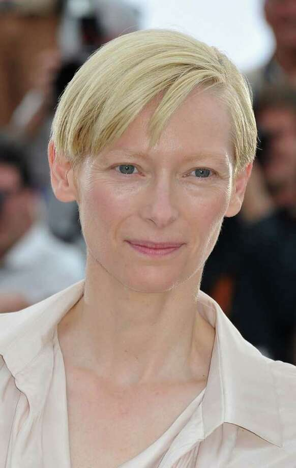 Actress Tilda Swinton attends the 'We Need To Talk About Kevin' photocall during the 64th Annual Cannes Film Festival at the Palais des Festivals on May 12, 2011 in Cannes, France.  (Photo by Pascal Le Segretain/Getty Images) *** Local Caption *** Tilda Swinton; Photo: Getty Images