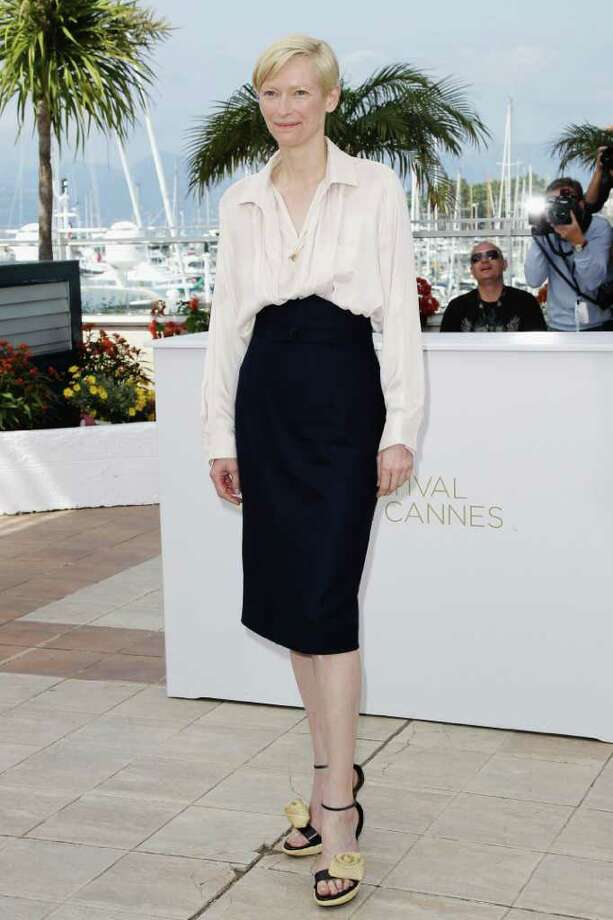 Actress Tilda Swinton attends the 'We Need To Talk About Kevin' photocall during the 64th Annual Cannes Film Festival at the Palais des Festivals on May 12, 2011 in Cannes, France.  (Photo by Andreas Rentz/Getty Images) *** Local Caption *** Tilda Swinton; Photo: Getty Images