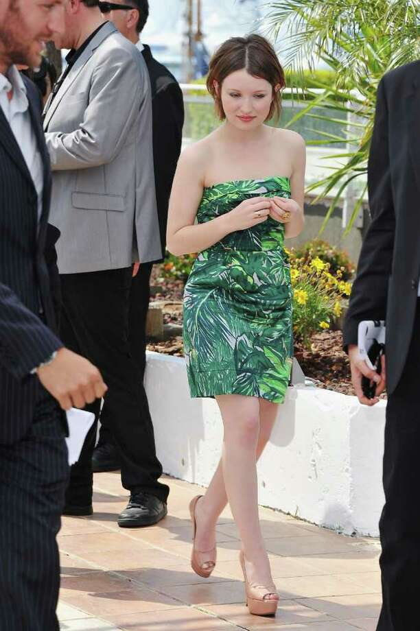 Actress Emily Browning attends the 'Sleeping Beauty' photocall during the 64th Annual Cannes Film Festival at the Palais des Festivals on May 12, 2011 in Cannes, France.  (Photo by Pascal Le Segretain/Getty Images) *** Local Caption *** Emily Browning; Photo: Getty Images