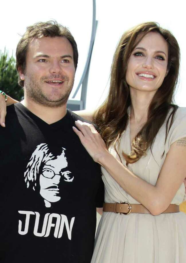 (L-R) Actors Jack Black and Angelina Jolie attend the 'Kung Fu Panda 2' photocall during the 64th Annual Cannes Film Festival at the Carlton Hotel on May 12, 2011 in Cannes, France.  (Photo by Vittorio Zunino Celotto/Getty Images) *** Local Caption *** Angelina Jolie;Jack Black; Photo: Getty Images