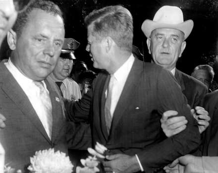 (From left) Maury Maverick Jr., John F. Kennedy, and  Lyndon B. Johnson in San Antonio.  (09/12/1960) Photo: RICHARD A. GARCIA, SPECIAL TO THE EXPRESS-NEWS / EXPRESS-NEWS FILE PHOTO