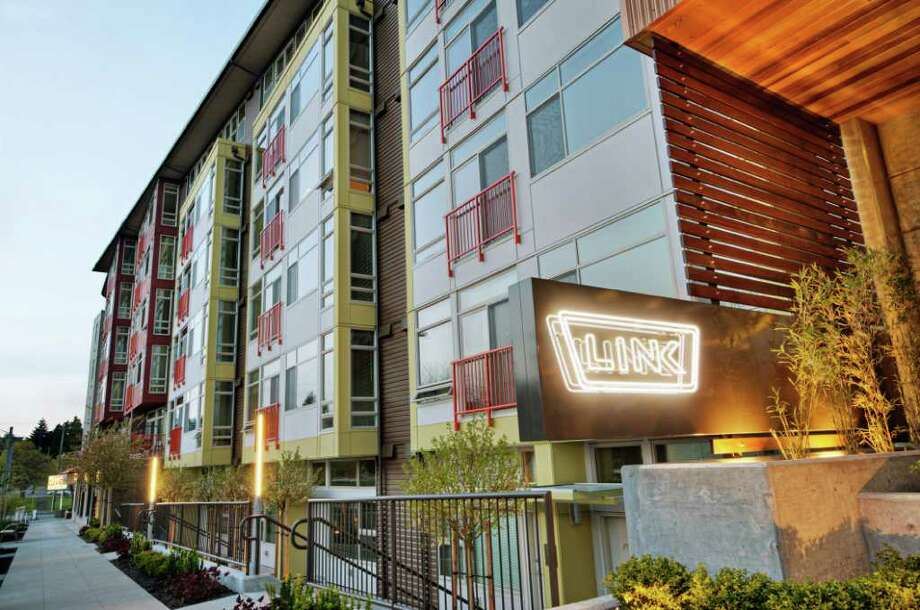 LINK Apartments, at 4550 38th Avenue S.W., in West Seattle, has 145 apartments above 18,000 square feet of commercial space Photo: Harbor Properties
