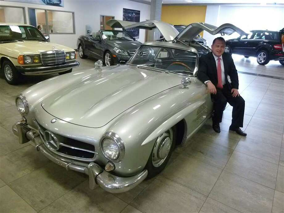 Kings of the Road: Classic Mercedes-Benz vehicles shine in ...