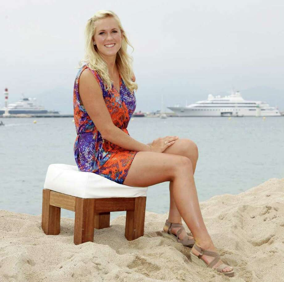 "attends the ""Soul Surfer"" photocall at Nikki Beach during the 64th Cannes Film Festival on May 13, 2011 in Cannes, France. Photo: Getty Images"