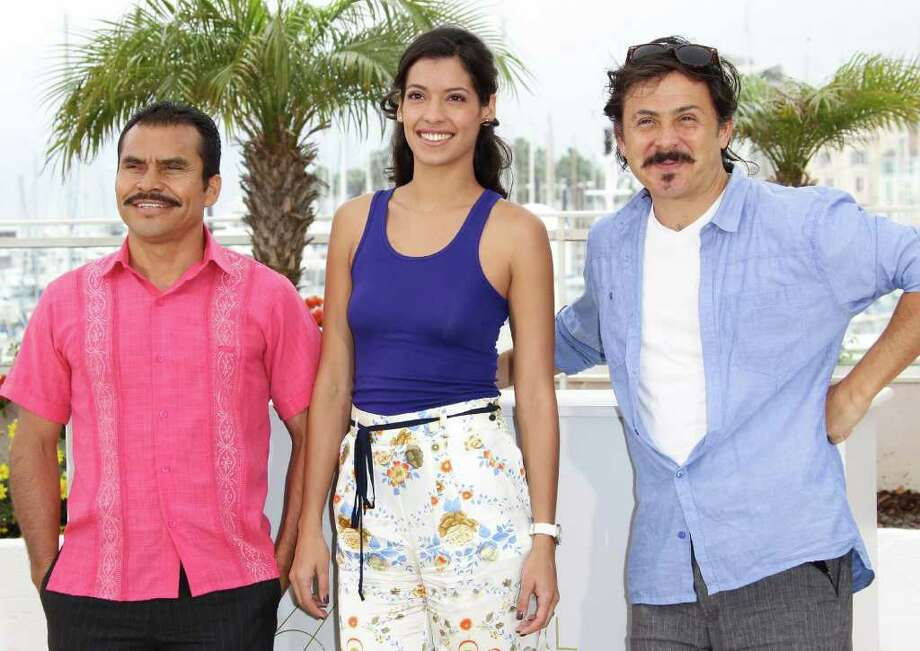 "(L-R) Actor Noe Hernandez, actress Stephanie Sigman and director/writer Gerardo Naranjo attends the ""Miss Bala"" photocall at the Palais des Festivals during the 64th Cannes Film Festival on May 13, 2011 in Cannes, France.  (Photo by Vittorio Zunino Celotto/Getty Images) *** Local Caption *** Noe Hernandez;Stephanie Sigman;Gerardo Naranjo; Photo: Getty Images"