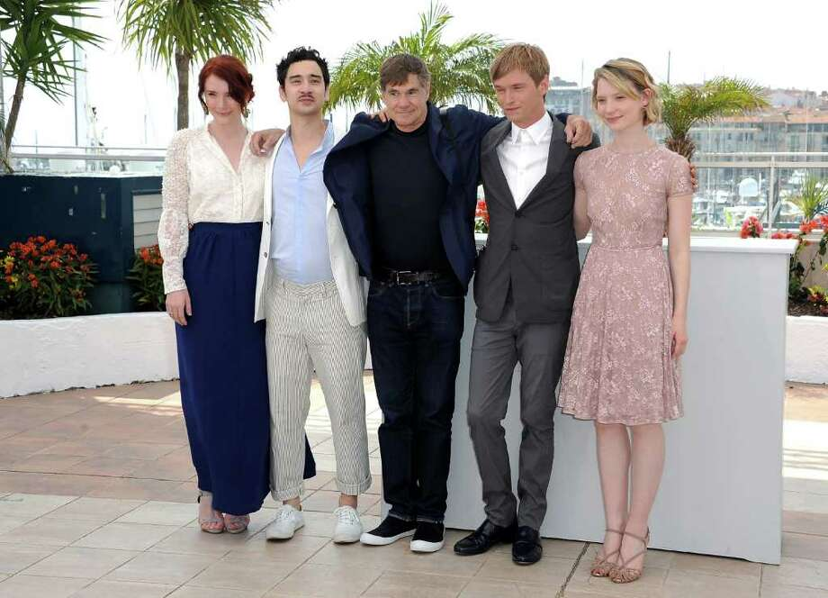 "(L-R) Producer Bryce Dallas Howard, screenwriter Jason Lew, director Gus van Sant, actor Henry Hopper and actress Mia Wasikowska attends the ""Restless"" Photocall during the 64th Cannes Film Festival at the Palais des Festivals on May 13, 2011 in Cannes, France.  (Photo by Dominique Charriau/Getty Images) *** Local Caption *** Bryce Dallas Howard;Jason Lew;Gus van Sant;Henry Hopper;Mia Wasikowska; Photo: Getty Images"