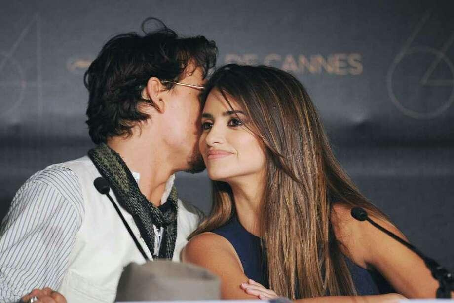 "Actor Johnny Depp (L) and Penelope Cruz attend the ""Pirates of the Caribbean: On Stranger Tides"" press conference at the Palais des Festivals during the 64th Cannes Film Festiva lon May 14, 2011 in Cannes, France. Photo: Francois Durand, Getty Images / 2011 Getty Images"