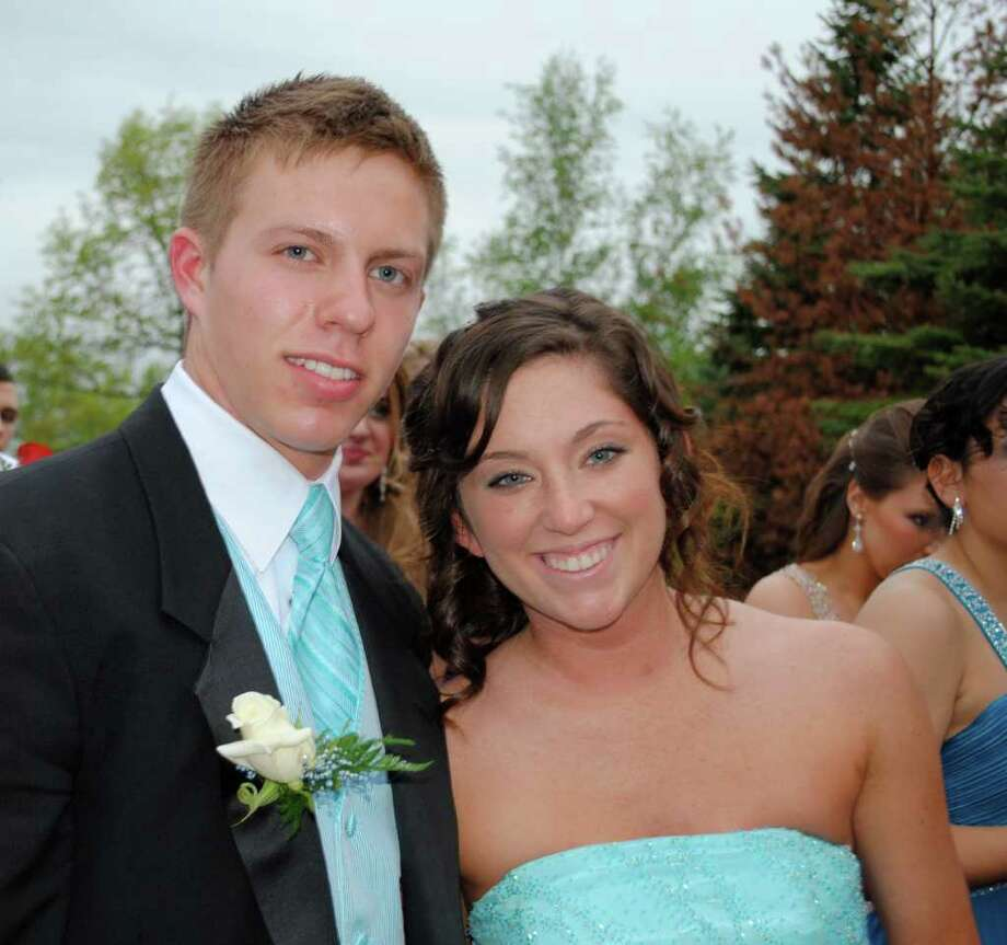 Were you Seen at the 2011 Shen Senior Prom? Photo: Taylor Rao