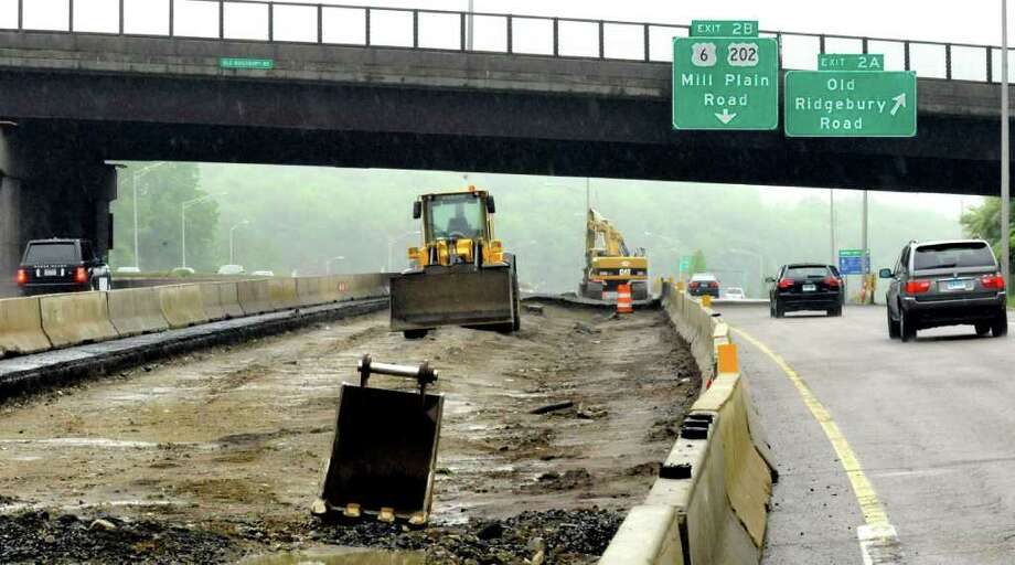 Construction has started on I-84 West at exit 2 in Danbury, Sunday, May 15, 2011. Photo: Michael Duffy / The News-Times