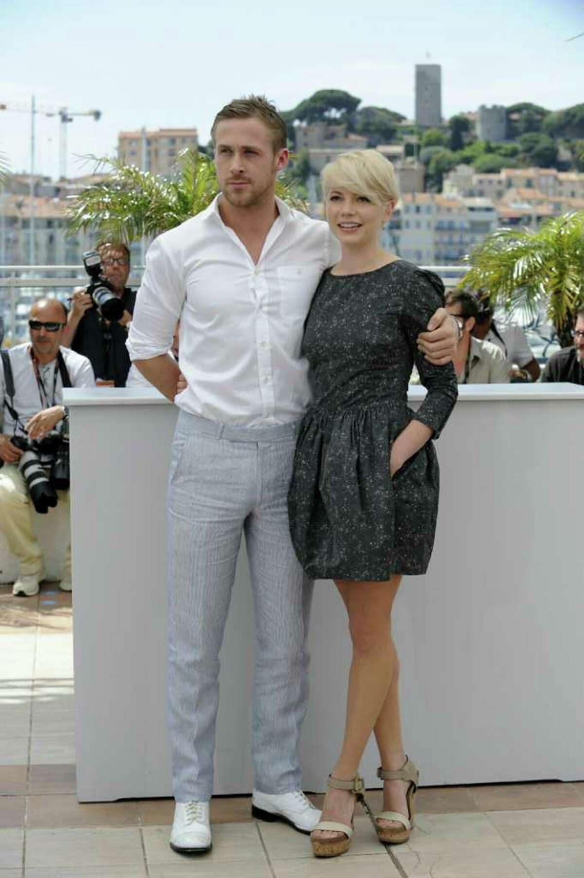 """US actress Michelle Williams and Canadian actor Ryan Gosling pose during the photocall of """"Blue Valentine"""" presented in the Un Certain Regard selection at the 63rd Cannes Film Festival on May 18, 2010, in Cannes. (AFP/Getty Images)"""