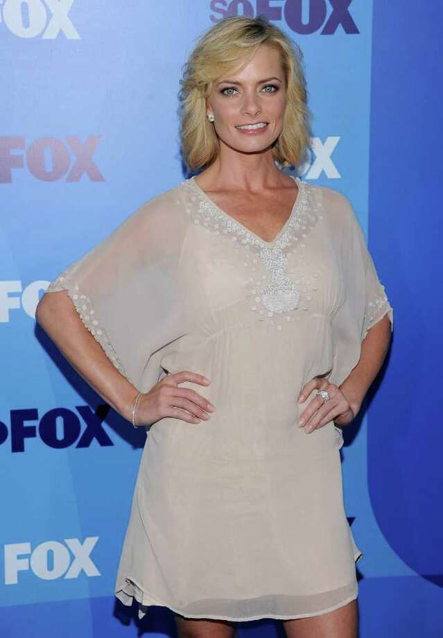 Actress Jaime Pressly attends the 2011 Fox Upfront at Wollman Rink - Central Park in New York City. Photo: Dimitrios Kambouris, Getty Images / 2011 Getty Images