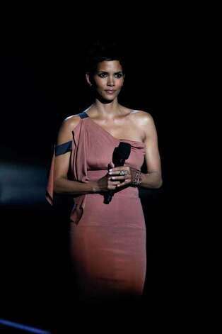 "Halle Berry appears during a star-studded double-taping of ""Surprise Oprah! A Farewell Spectacular,"" Tuesday, May 17, 2011, in Chicago. Photo: AP"