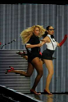 "Beyonce performs during a star-studded double-taping of ""Surprise Oprah! A Farewell Spectacular,"" Tuesday, May 17, 2011, in Chicago. ""The Oprah Winfrey Show"" is ending its run May 25, after 25 years, and millions of her fans around the globe are waiting to see how she will close out a show that spawned a media empire. Photo: AP"