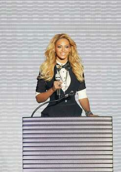 "Beyonce appears during a star-studded double-taping of ""Surprise Oprah! A Farewell Spectacular,"" Tuesday, May 17, 2011, in Chicago. ""The Oprah Winfrey Show"" is ending its run May 25, after 25 years, and millions of her fans around the globe are waiting to see how she will close out a show that spawned a media empire. Photo: AP"