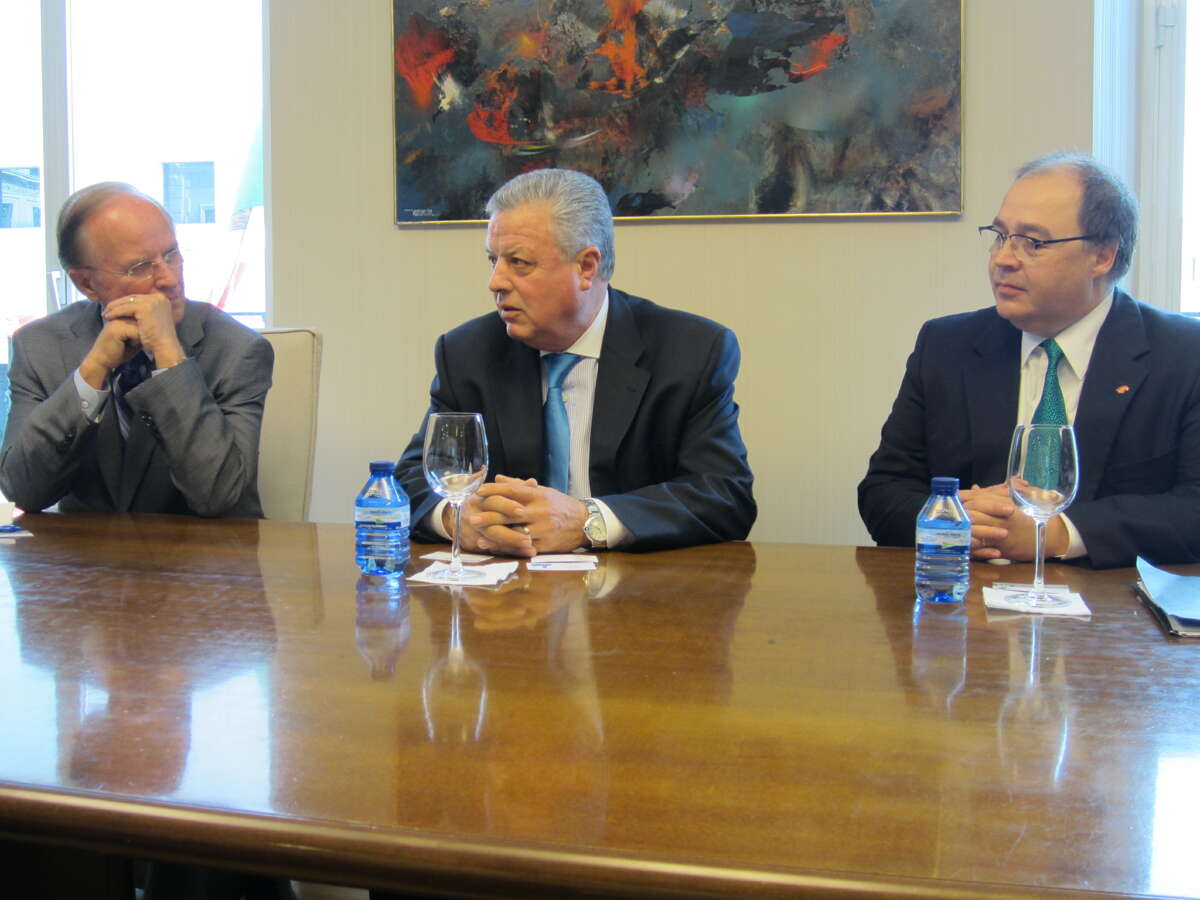 Bexar County Judge Nelson Wolff (from left) Mexico Ambassador to Spain Jorge Zermeno Infante and San Antonio Hispanic Chamber of Commerce President and CEO Ramiro Cavazos discuss trade matters Wednesday at Madrid's Mexico Embassy.
