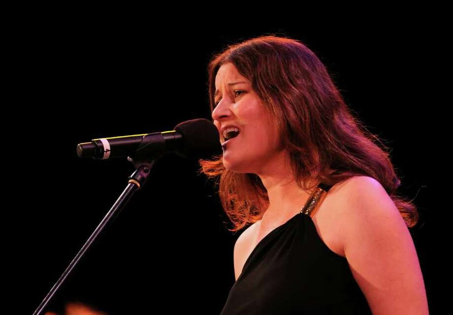 "NEW YORK - JUNE 08:  Musician Paula Cole performs at the 25th Anniversary Summerstage Gala ""The Music Of Simon & Garfunkel"" at Rumsey Playfield, Central Park on June 8, 2010 in New York City.  (Photo by Jason Kempin/Getty Images) Photo: Jason Kempin / 2010 Getty Images"