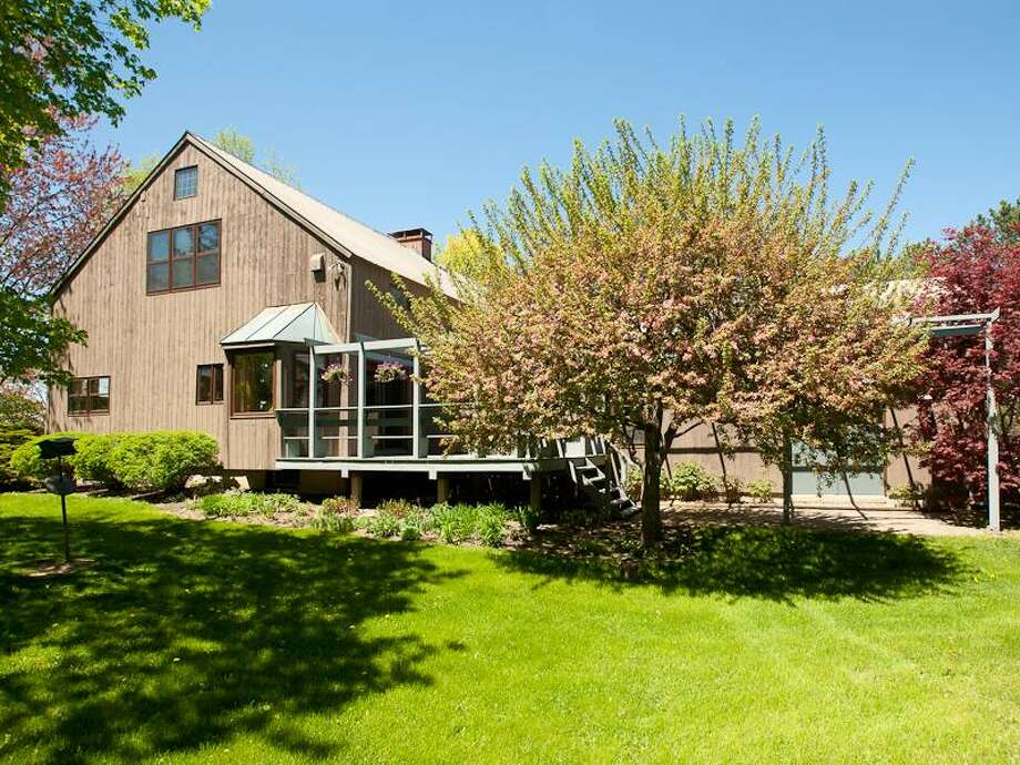 House of the Week: 131 Ashdown Rd., Ballston Lake   Realtor: Harold Reiser of Select Sotheby's International Realty   Discuss: Talk about this house Photo: Courtesy Photo