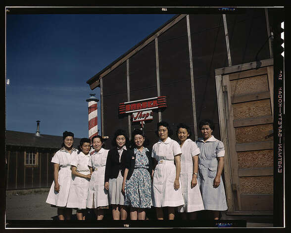 Japanese-American camp, war emergency evacuation,[Tule Lake Relocation Center, Newell, Calif.] 1942 or 1943. (LOC) Photo: Library Of Congress 1940s Color Photo Collection / No known restrictions on publication